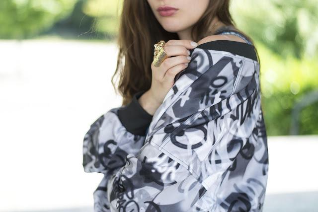 Modeblog-Deutschland-Deutsche-Mode-Mode-Influencer-Andrea-Funk-andysparkles-blaue High Heels