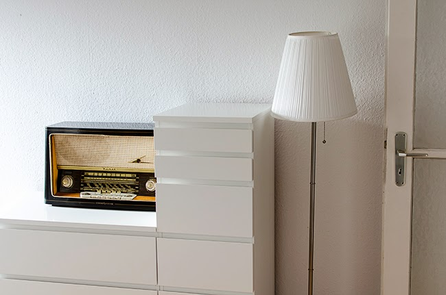 Blogger-Room-Tour-Interior-Radio-Einrichtung