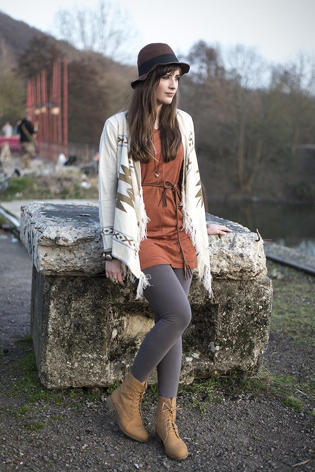 Modeblog-Deutschland-Deutsche-Mode-Mode-Influencer-Andrea-Funk-andysparkles-Berlin-Hippie-Look-Cardigan