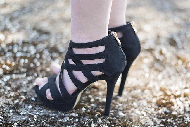 Modeblog-Deutschland-Deutsche-Mode-Mode-Influencer-Andrea-Funk-andysparkles-Berlin-Fruehlingsoutfit-High-Heels