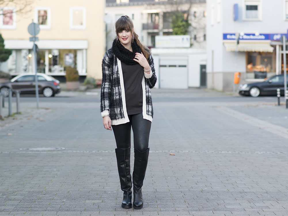 outfit furry cardigan overknee boots. Black Bedroom Furniture Sets. Home Design Ideas