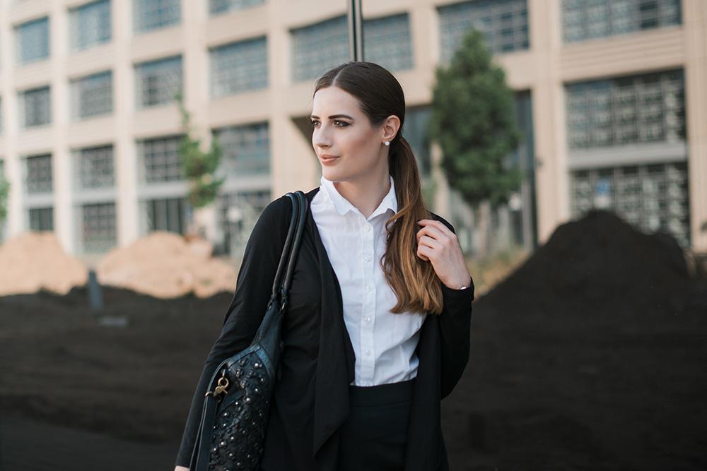 Modeblog-Deutschland-Deutsche-Mode-Mode-Influencer-Andrea-Funk-andysparkles-Berlin-Bewerbungsoutfit-Dolzer