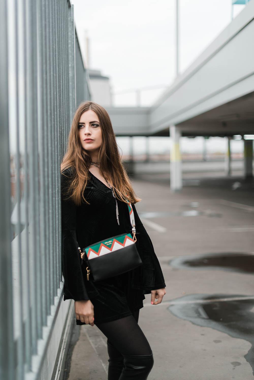 andysparkles-Designertasche von Fashionette-Fashionette Fun-Challenge-Prada-Modeblog Berlin-Partylook