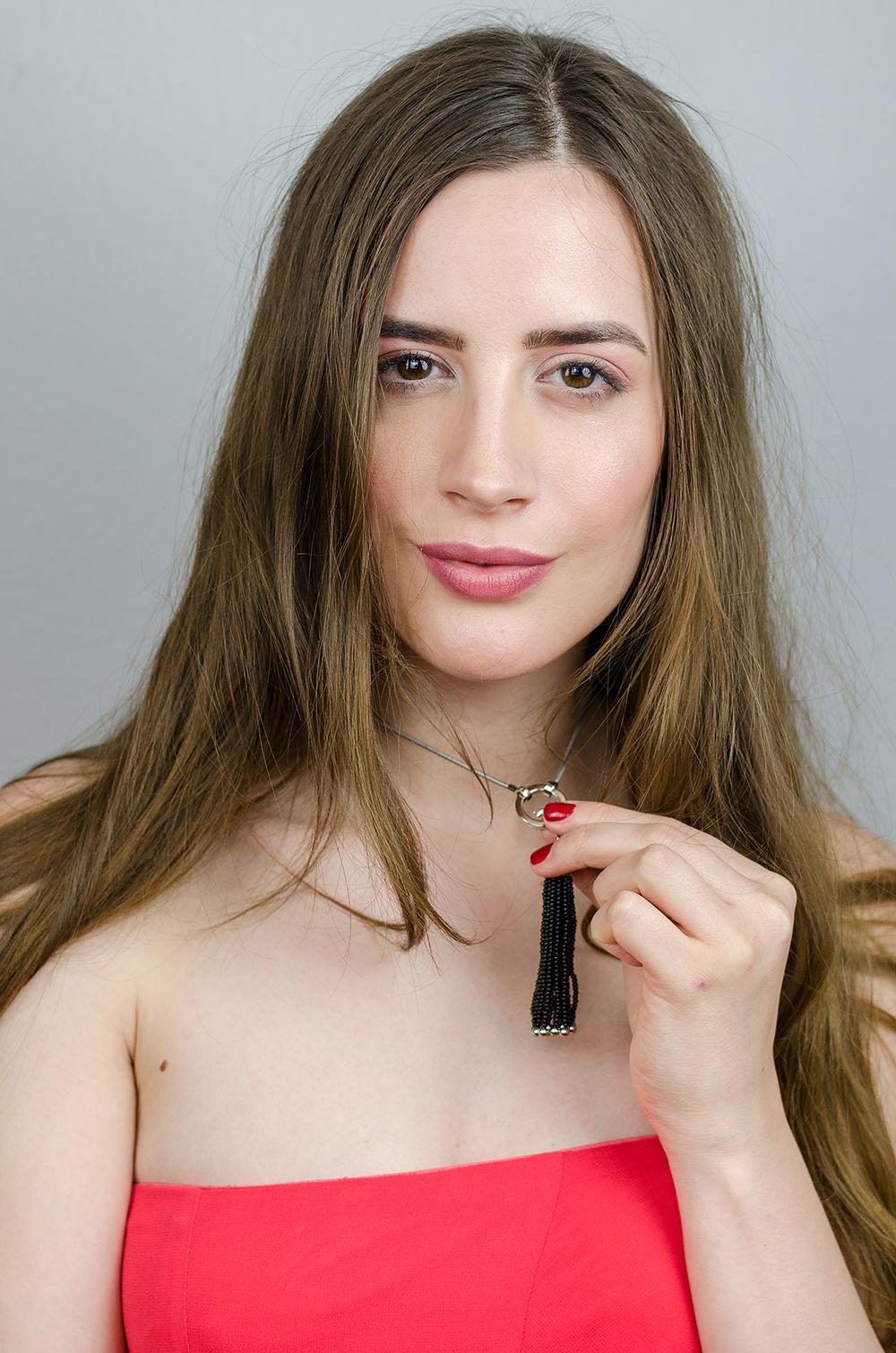 Beautybloggerin Andrea Funk von andysparkles trägt LEONARDO Schmuck