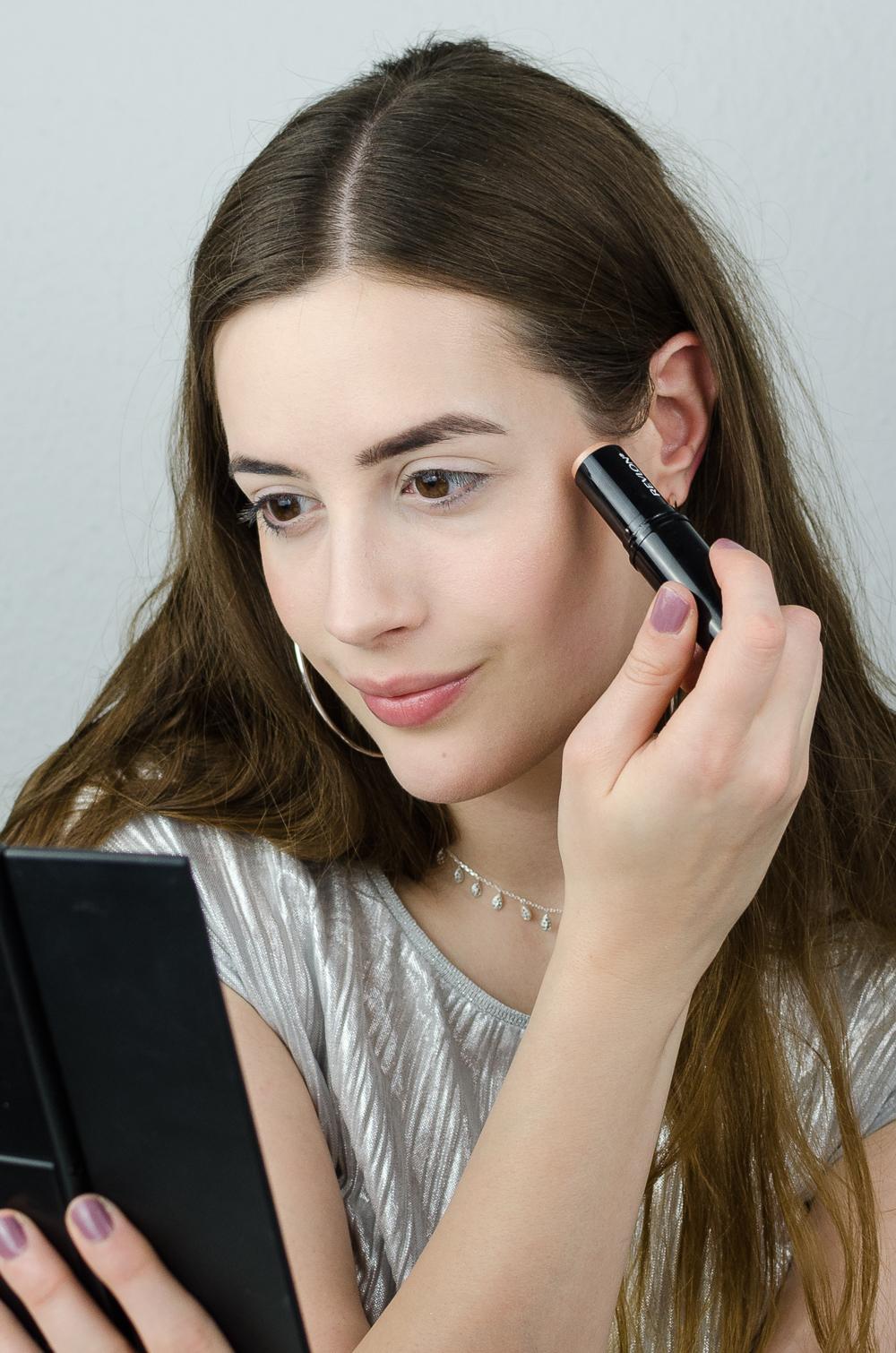 Silvester Make-Up-Revlon Make-Up-andysparkles-Beautyblog-Schmink Tutorial