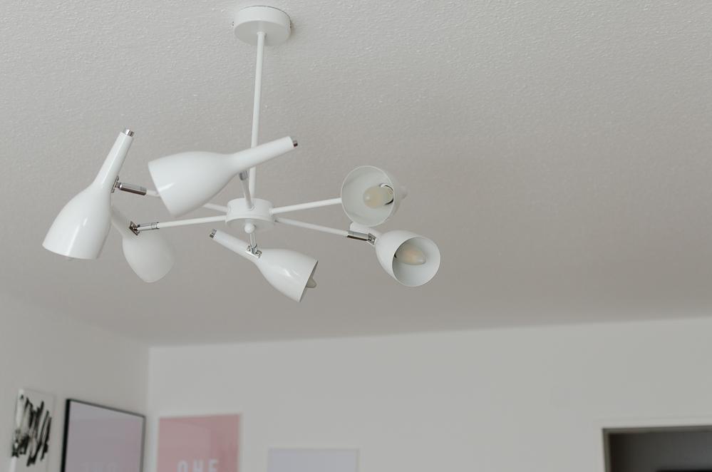 Interior Update: Meine moderne Wohnzimmerlampe von Regenbogen ...