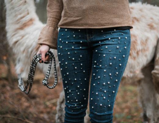 Perlen-Jeans-Denim-Trend-Lama Wanderung-Modeblog Berlin-Fashionblogger Outfit-Timberland Boots-andysparkles.de