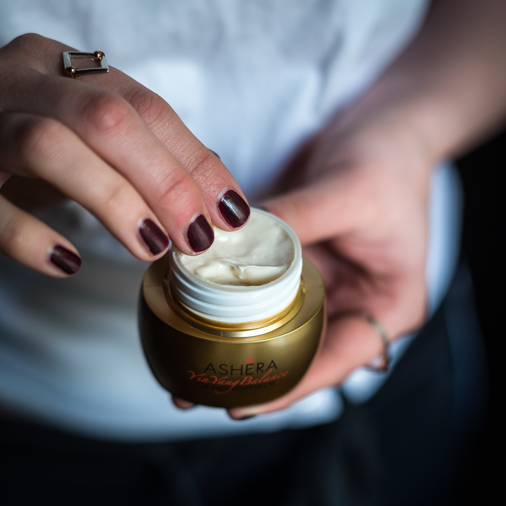 Schönheit nach dem Yin-Yang-Prinzip-ASHÉRA-Naturkosmetik-Beautyblog-TCM-andysparkles.de