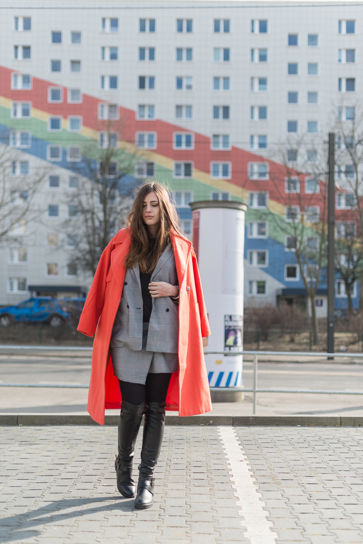 Modetrend 2018-Knallfarbe Orange-Modeblog Berlin-Overknee Boots-Zweiteiler-andysparkles