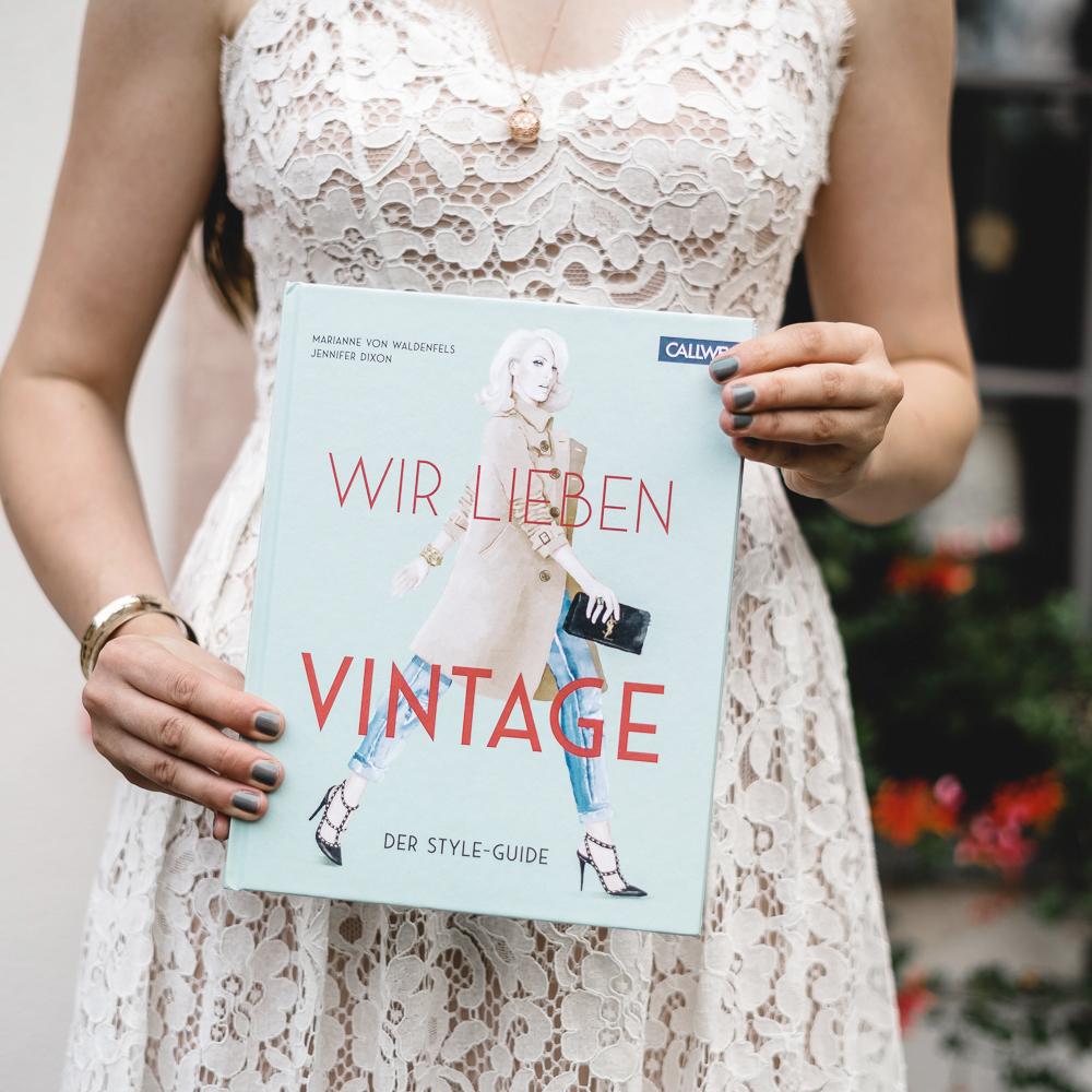 Vintage-Verkaufs-Guide-Vintage Buch-Vintagemode-Secondhand-Modeblog-andysparkles