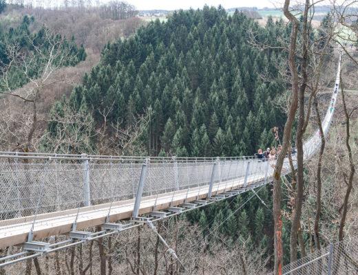 Beeindruckende Fotolocations in Deutschland-Hängeseilbrücke Geierlay-Hunsrück-Reiseblog-andysparkles