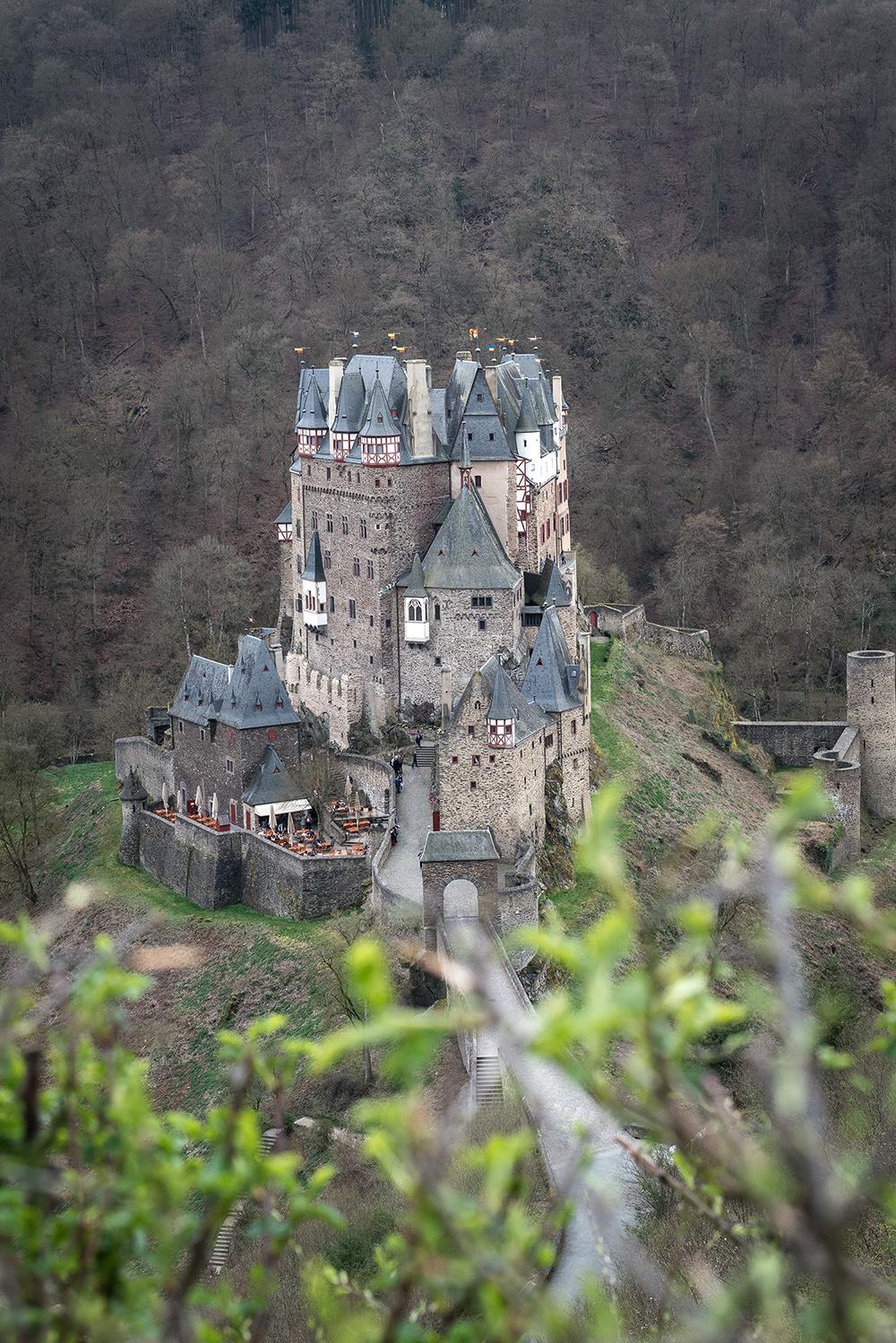 Beeindruckende Fotolocations in Deutschland-Burg Eltz-Koblenz-Reiseblog-andysparkles