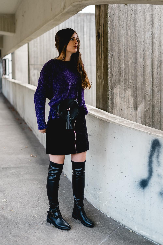 Herbstlook mit Overknees und Cordrock-Cordrock 2018-Minirock im Herbst tragen-Overknees Outfit-Modeblog Berlin-Neukölln 4 Blocks-andysparkles