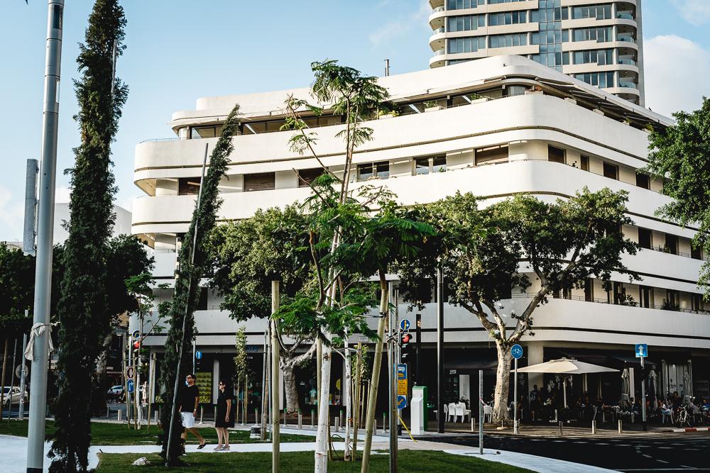 Kurztrip nach Tel Aviv-Urlaub in Israel-Bauhaus Häuser-Bauhaus Tel Aviv-Dizengoff Square-Reiseblog-andysparkles