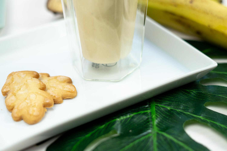 Smoothie Rezept mit Joghurt zum Frühstück-Smoothie mit Haferflocken-Arla Bio Joghurt-Smoothie mit Banane-Foodblog Rezepte Smoothies-andysparkles