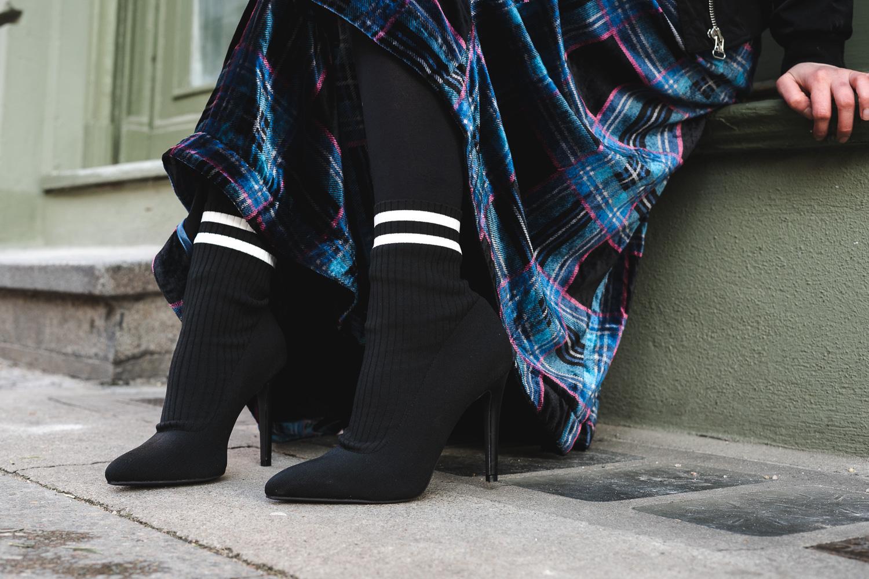 Lange Kleider und Röcke mal völlig anders kombinieren