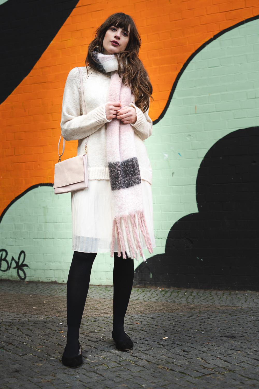 Pullover für den Frühling kombinieren