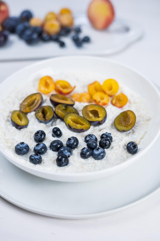 Quinoa Frühstücksbowl
