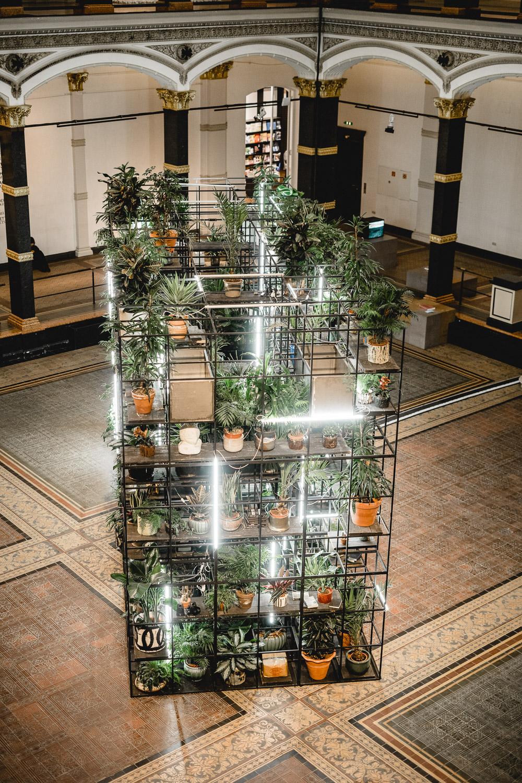 Gärten der irdischen Freuden Ausstellung