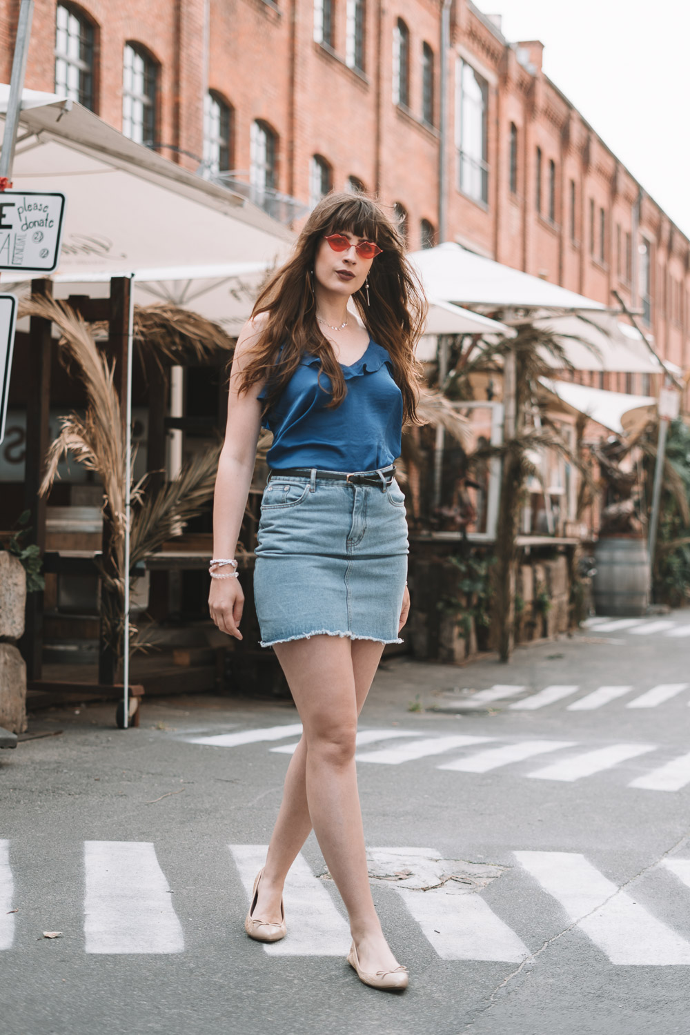 Sommeroutfit mit Jeansrock