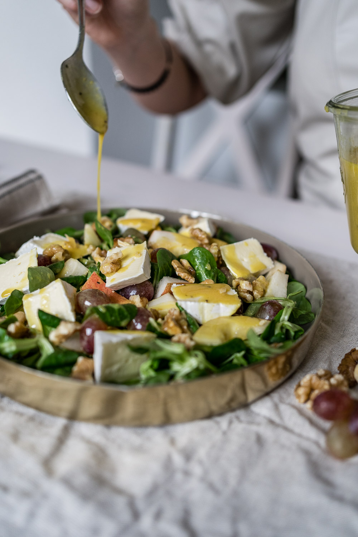 Rezept für Salatdressing mit Honig, Senf und Orangensaft