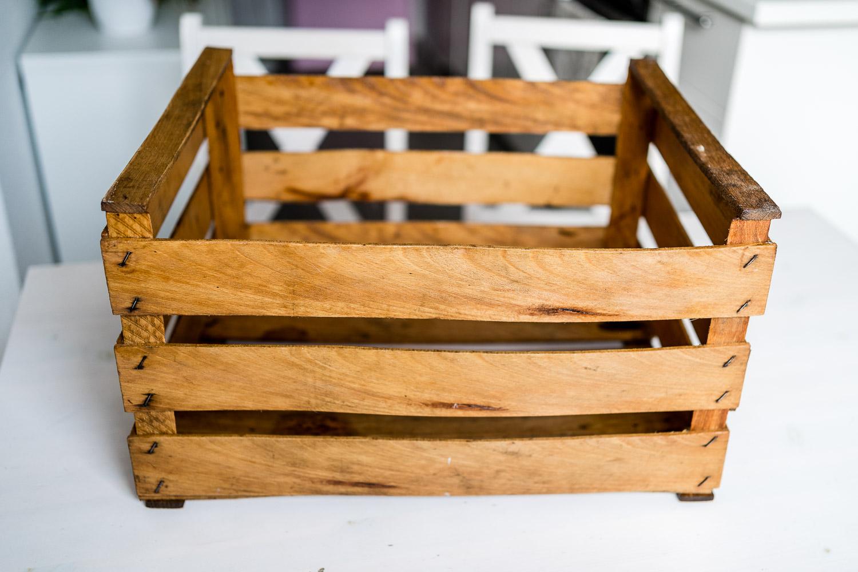 Upcycling Holzkiste für Küchenutensilien