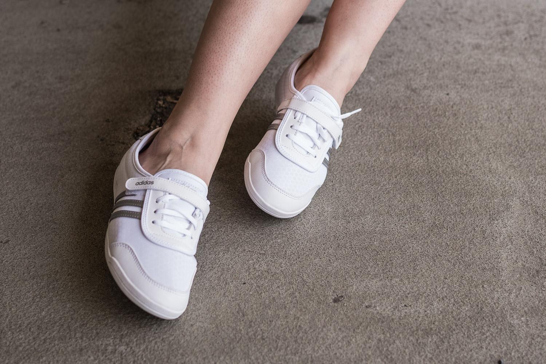 sportliche Ballerinas von adidas